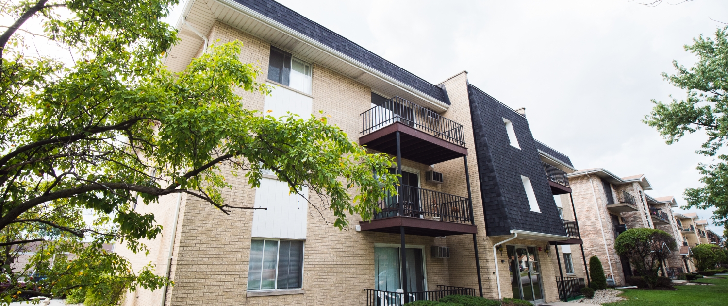 Oak Lawn Multifamily - ACO Commercial
